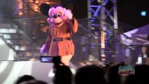 First time Jedi Mickey dances to Pitbull, Michael Jackson in Dance-Off With the Star Wars Stars 2013