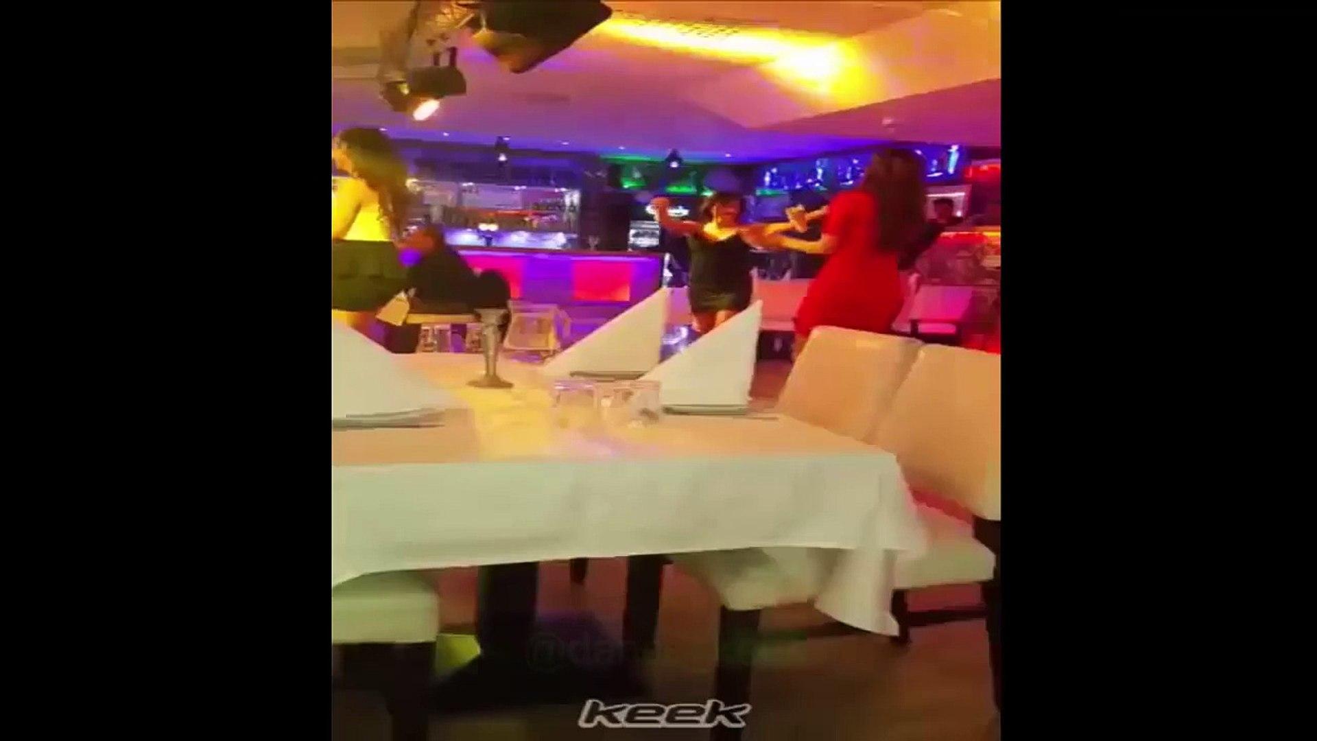 dance party - رقص بنات في الكباريه