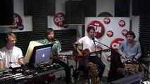 Django Django - Porpoise Song (The Monkees) - Session acoustique OÜI FM
