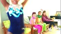 Larmes aux yeux. Shana danse pour sa petite soeur à son anniversaire.