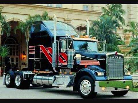American Trucks VS European Trucks