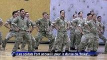 "Le prince Harry danse le ""haka"" en Nouvelle-Zélande"