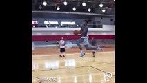 Un dunk de fou... Trick de fou en basket-ball - Windmill