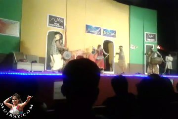 Hot Stage Mujra Dance Shalimar Theater Lahore - cute kismat baig