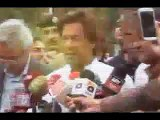 Imran Khan's High Aggressive Styles During Media Talk -@-  New Style of Imran khan