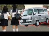 車衝突後に女子高生に突っ込む