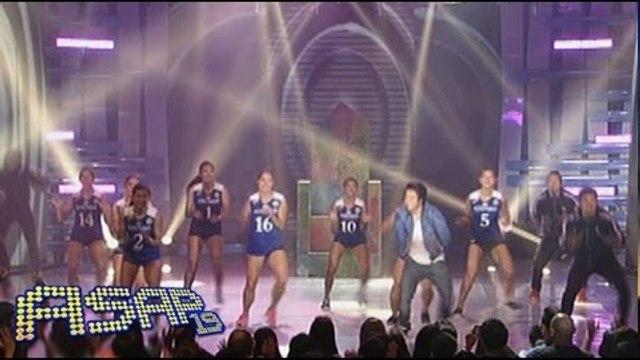 "Enrique Gil dances ""Happy"" with the Ateneo Lady Eagles"