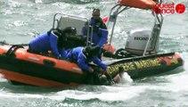 Les trois occupants d'un bateau chaviré ont été récupérés à Port-Navalo avant la Grande parade de la Semaine du Golfe
