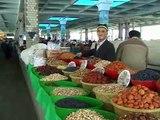 Ouzbékistan marché populaire de Samarkand ( Uzbekistan popular market in Samarkand )