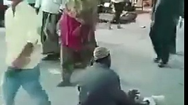 Fake beggar Faking Disability Gets Caught
