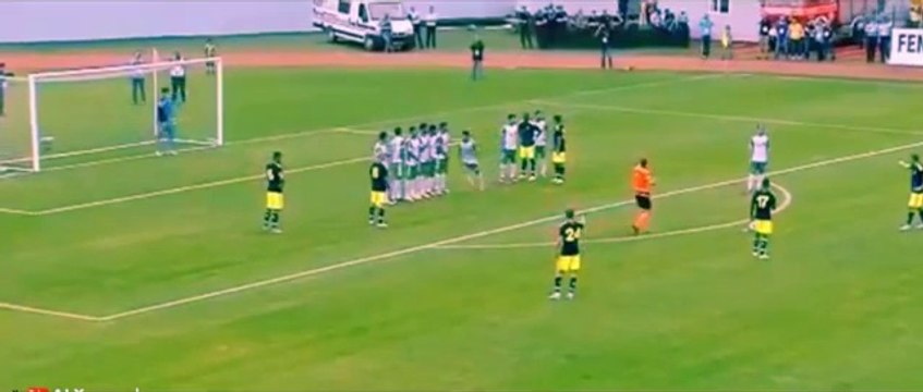 Nani Fantastic Free Kick Goal Fenerbahce 7 - 0 Zob Ahan 2015