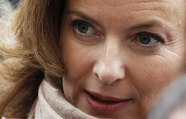 Valérie Trierweiler s'attaque à Michel Sapin - ZAPPING ACTU DU 18/05/2015