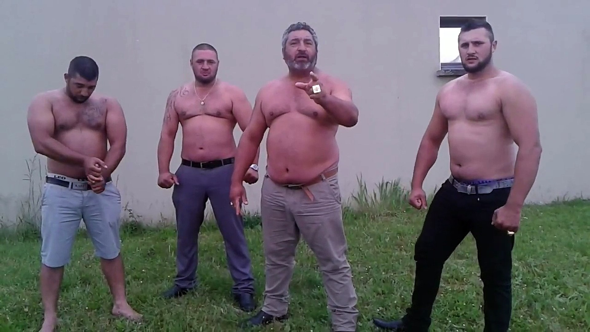 Clash of Gitan : Lopez du 36 - Vidéo Dailymotion