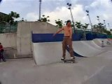 Mike Peterson Skates Mei Foo Skatepark