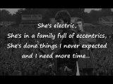 Oasis - She's Electric Lyrics