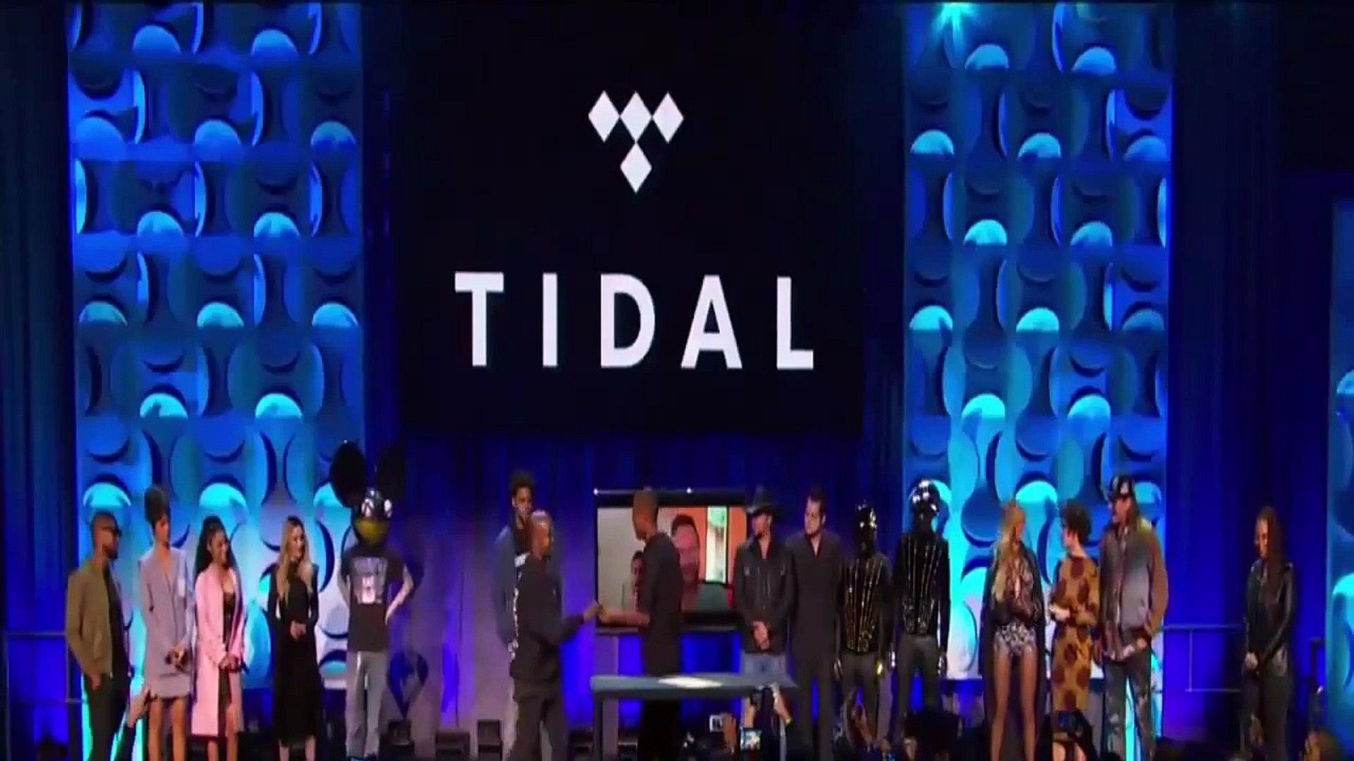 Rihanna, Beyoncé, Nicki Minaj signing the Tidal For All contract 2015 #tidal