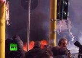 Roma en llamas: primeras imágenes de masivos disturbios en protesta de 'indignados'
