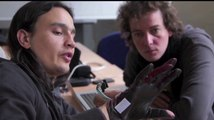 Résidence d'artiste en entreprise : Ezra - Atelier Arts et sciences
