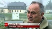 Mit einem Monat Verspätung wird im oberfränkischen Mödlareuth der Mauerfall gefe