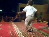 Petit Marocain qui danse Chaabi Reggada - Monbled.net, le portail du Maroc