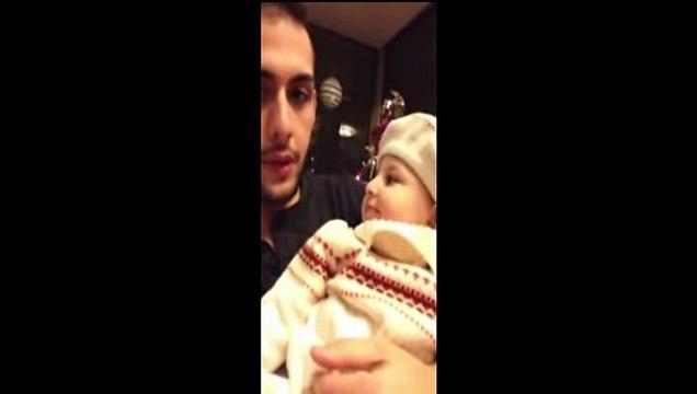 Beatbox Yapan Amcasını Taklit Eden Bebek Kahkahaya Boğdu