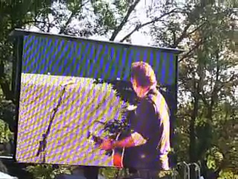 John Glenn introducing Bruce Springsteen