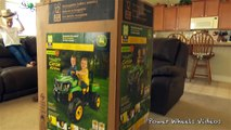 John Deere Gator - Peg Perego Unboxing and Assembly