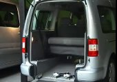 Volkswagen Caddy Maxi TPMR aménagé pour le transport d'une personne handicapée
