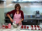 Valentine's Day Cupcakes from Magnolia Bakery: How to Decorate Cupcakes