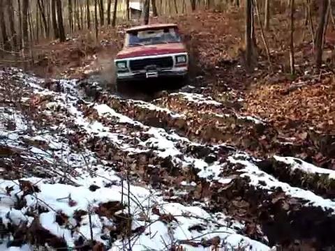 1979 Ford Bronco Conquers Mud Pit