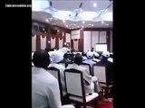 الأمن السوداني يقتاد ناشط سياسي وجه انتقادات امام حشد كبير للرئيس عمر البشير وضيفه الرئيس التشادي