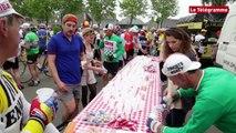 Tour de Rance. D'anciens champions et de vieux vélos contre le cancer