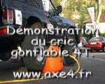 Démonstration d'un cric gonflable sur 4x4 - AXE 4 Accessoires 4x4 matériel 4x4 équipements 4x4