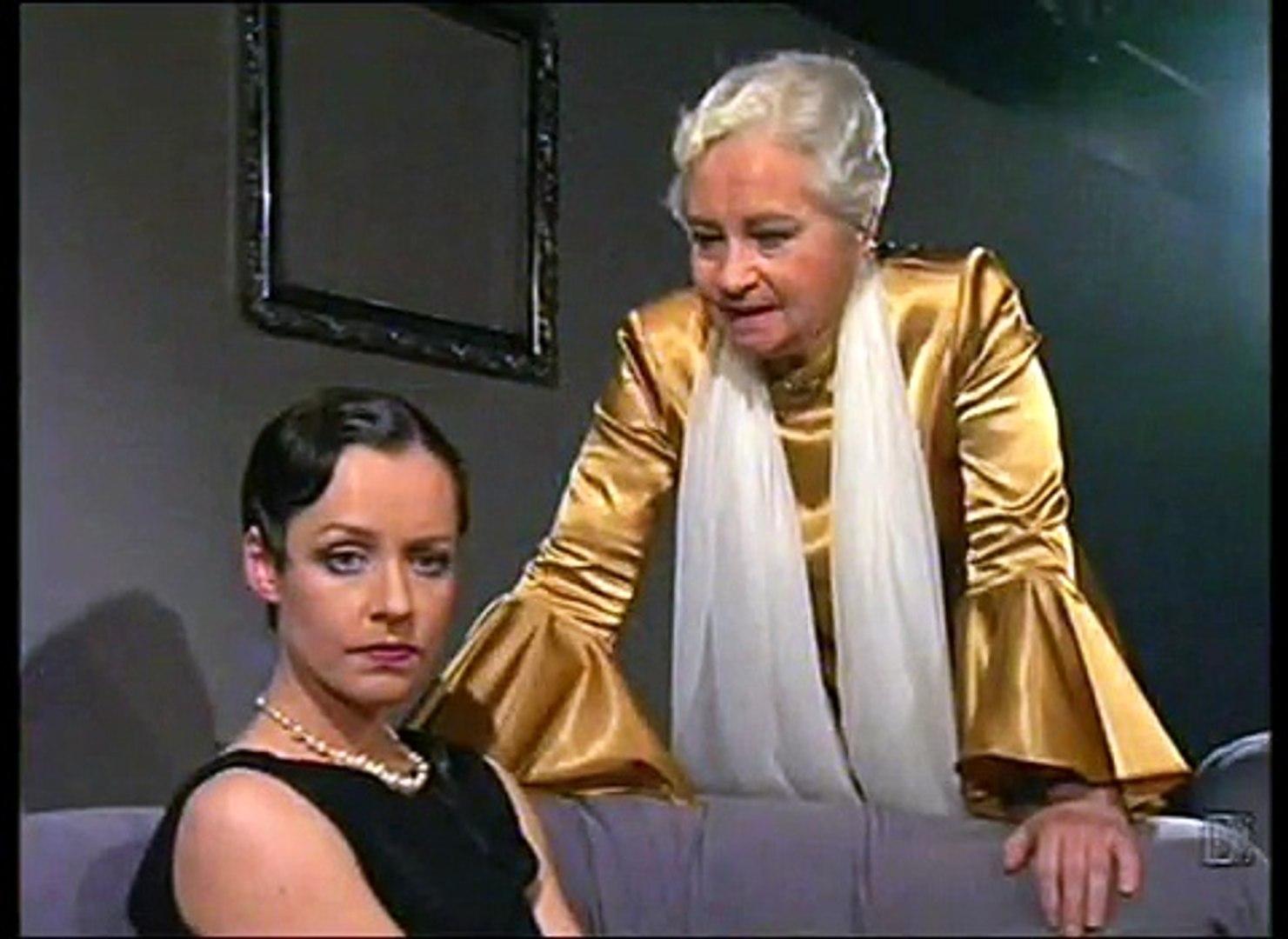 Mūžībā aizgājusi aktrise Dina Kuple