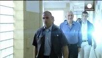 Iσραήλ: Οκτάμηνη φυλάκιση για τον Έχουντ Όλμερτ - Κρίθηκε ένοχος για απάτη και απιστία