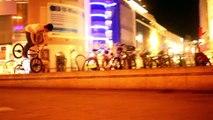 BMX STREET: Nose Manual Classic!!! Jan Heinen #AWESOME