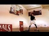 Zach LaVine écrase d'énormes dunks avec un ballon de foot américain