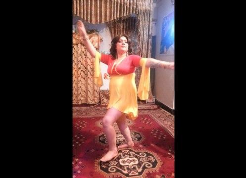 Mast Afghan girl Home Dance- MobileShot