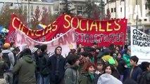 CHILE: MARCHA DE ESTUDIANTES SECUNDARIOS POR EDUCACIÓN, FINALIZA CON FUERTE REPRESIÓN POLICIAL.