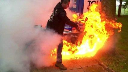 Quand un burn en moto tourne mal...