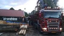Inlands eiken bij Boertjes Wood, wordt gebracht door Toon Peters, gekocht van Fons Oude Hengel