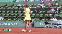 Julia Goerges 2-0 Caroline Wozniacki: Thua sốc