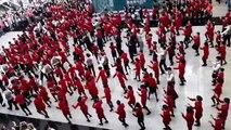 Cathay Pacific Flash Mob Hong Kong Airport Christmas Xmas Flash Mob Dance 2013