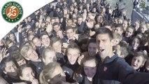 Novak Djokovic et les ramasseurs de balles de Roland-Garros 2015