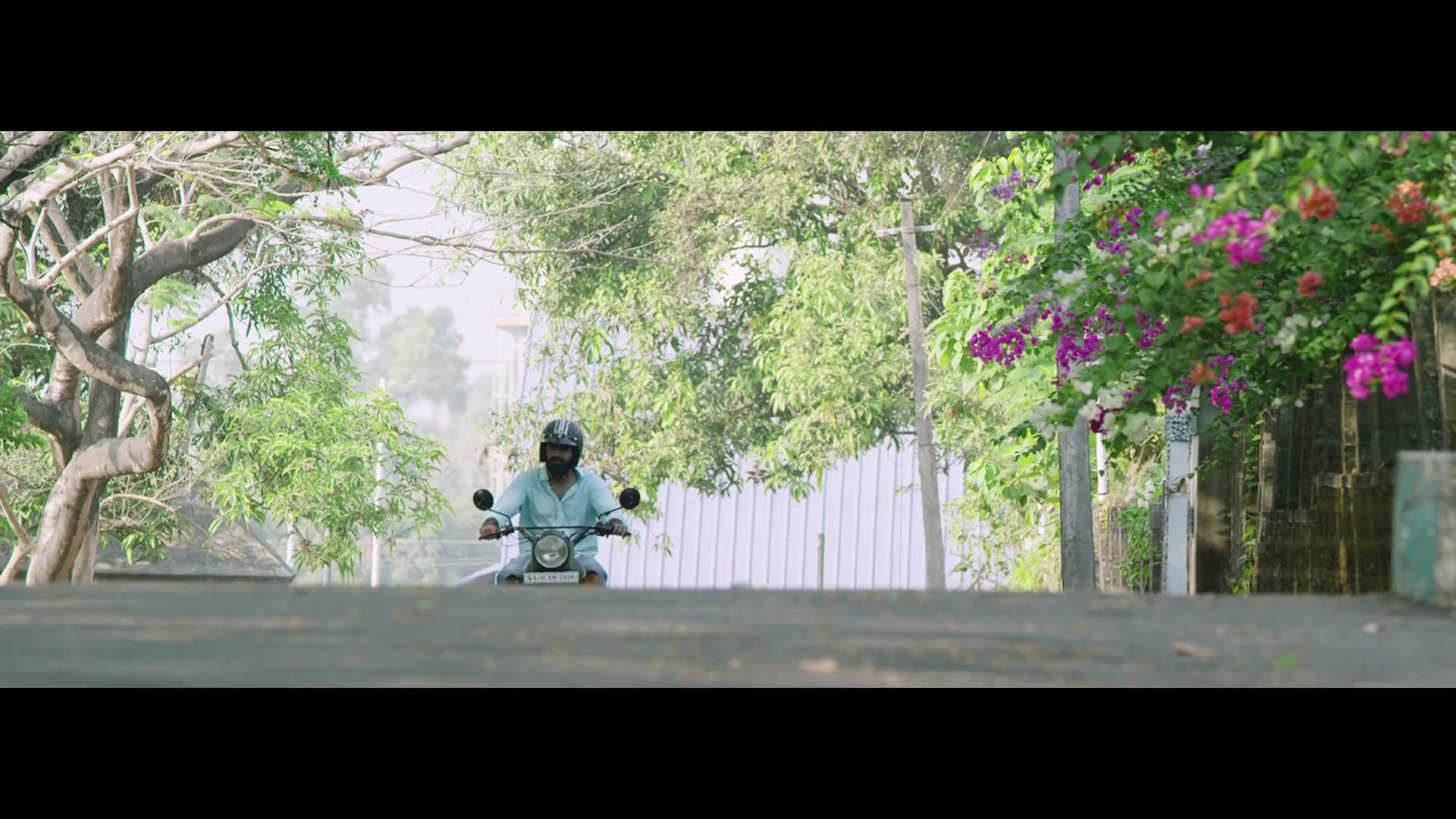 Pathiye Novai song from - 32am Adhyayam 23am Vakyam - Malayalam Movie (2015) starring Govind Padmaso