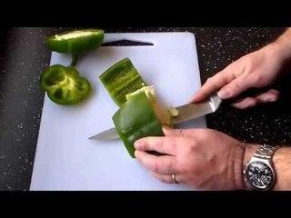 Comment bien couper les poivrons