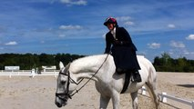 Concours d'équitation en amazone