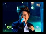 Charice, Martin perform 'End of the Road'