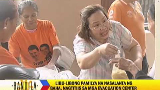 Thousands of flood victims stay in evacuation centers