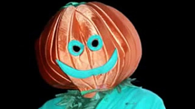 Pumpkin Heads (Wanda Sykes as Gladys Murphy: Impound Crap)